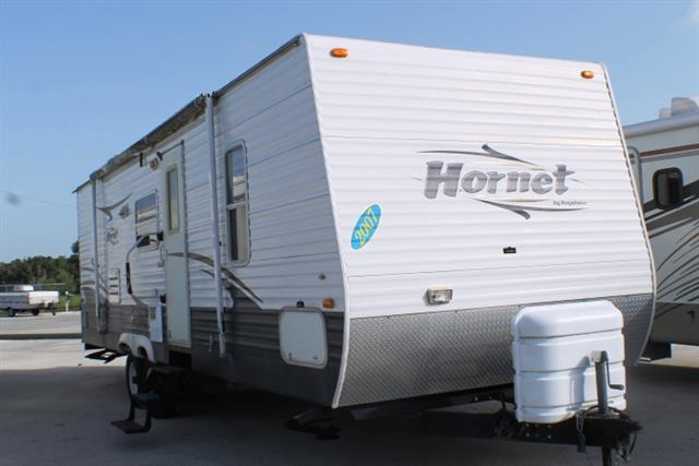 Used 2007 Keystone Hornet 27DBS Travel Trailer For Sale