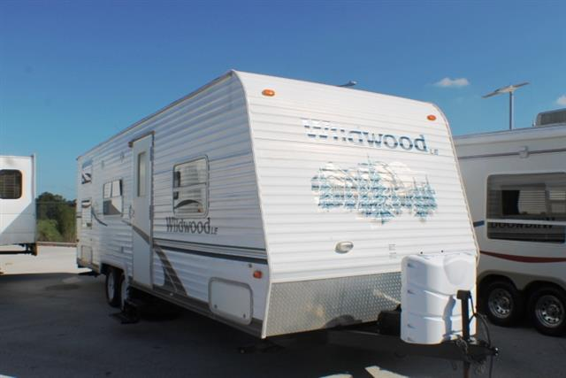 Used 2005 Forest River Wildwood 27BH Travel Trailer For Sale