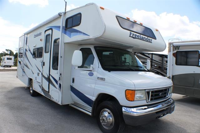 Used 2008 Coachmen Freelander 2600 Class C For Sale