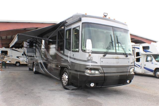 Used 2005 Damon Escaper 4178 Class A - Diesel For Sale