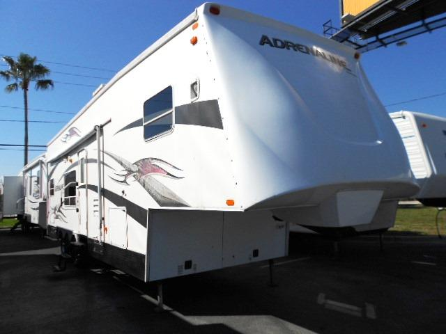 2006 Coachmen Adrenaline