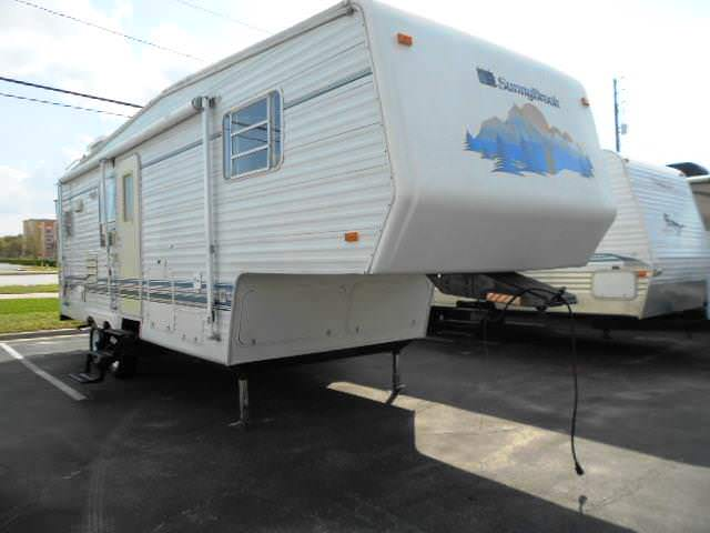 Used 1999 Sunnybrook Sunnybrook 27RKFS Fifth Wheel For Sale