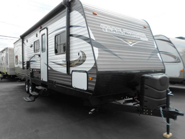 Used 2015 Heartland Trail Runner 30USBH Travel Trailer For Sale