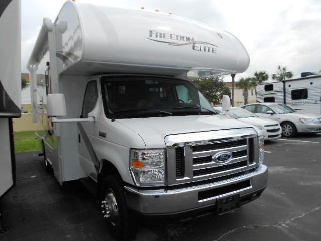 Used 2016 THOR MOTOR COACH Freedom Elite 22FE Class C For Sale