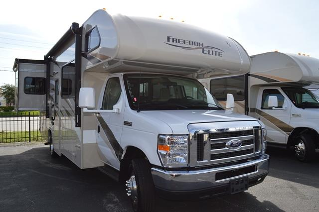 New 2016 THOR MOTOR COACH Freedom Elite 26FE Class C For Sale