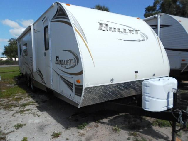 Used 2011 Keystone Bullet 29RLS Travel Trailer For Sale