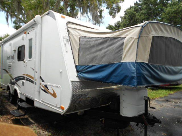 Used 2011 Heartland FOCUS FX 20 Hybrid Travel Trailer For Sale