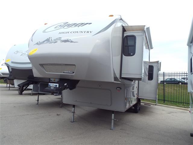 Buy a Used Keystone Cougar in Madison, WI.