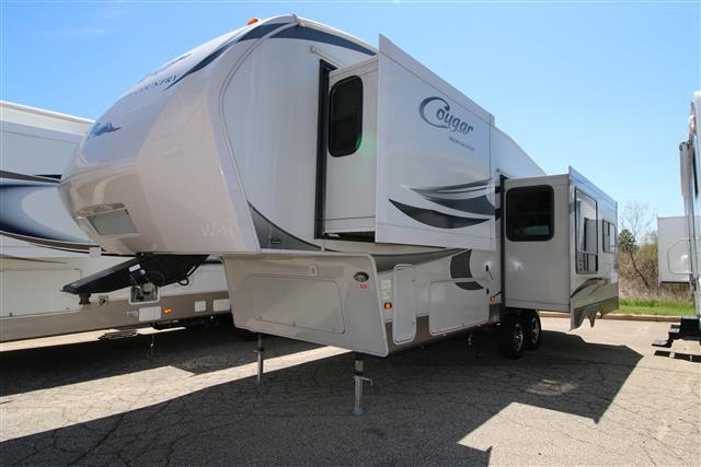 Used 2011 Keystone Cougar 291RLS Fifth Wheel For Sale