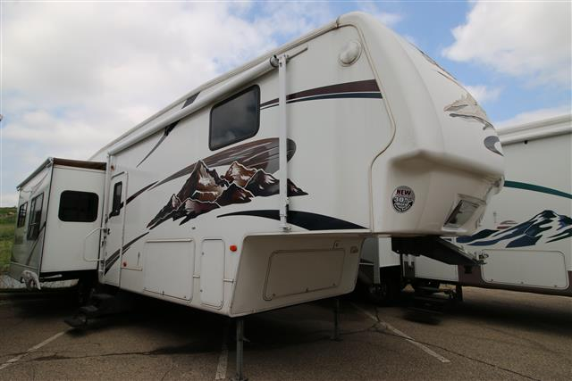 Used 2007 Keystone Montana 3400RL Fifth Wheel For Sale