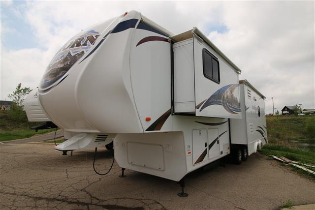 Used 2012 Heartland Bighorn 3185RL Fifth Wheel For Sale