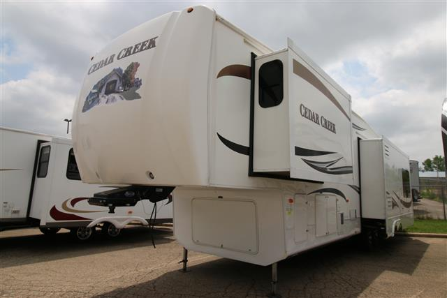 Used 2010 Forest River Cedar Creek 36RE Fifth Wheel For Sale
