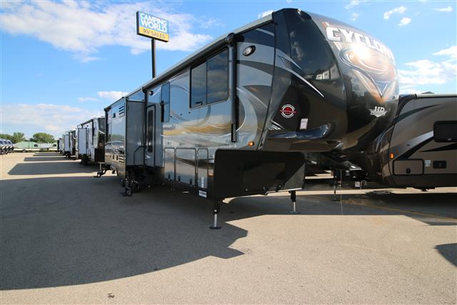 New 2016 Heartland Cyclone 4100 Fifth Wheel Toyhauler For Sale