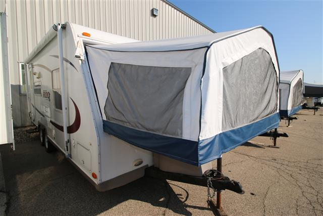 Used 2005 Rockwood Rv Roo 232 Hybrid Travel Trailer For Sale