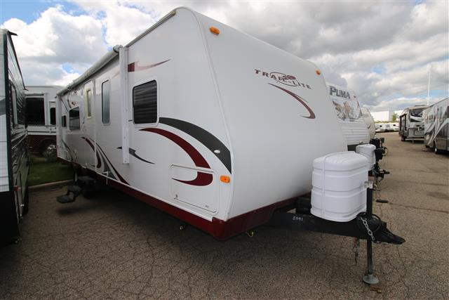 Used 2009 R-Vision Traillite 30RK Travel Trailer For Sale