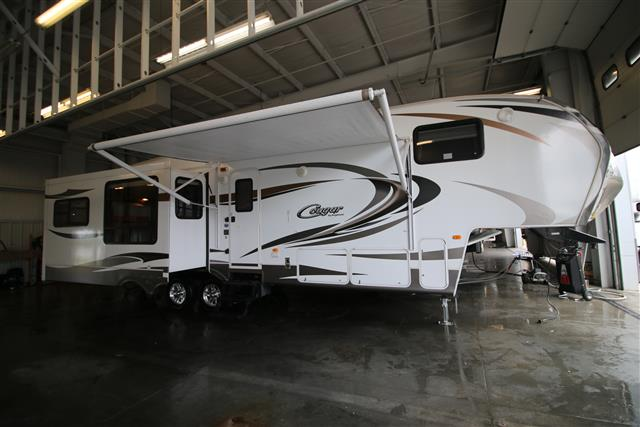 Used 2012 Keystone Cougar 32 Fifth Wheel For Sale