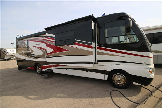 Used 2012 Fourwinds SERRANO 33A Class A - Diesel For Sale