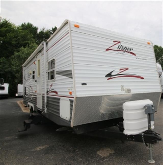 Used 2007 Crossroads Zinger 29FB Travel Trailer For Sale