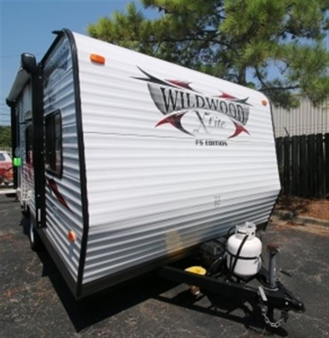 Used 2014 Forest River Wildwood 185RB Travel Trailer For Sale