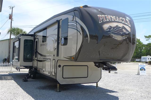 New Or Used Fifth Wheel Campers For Sale Camping World >> click to see larger version