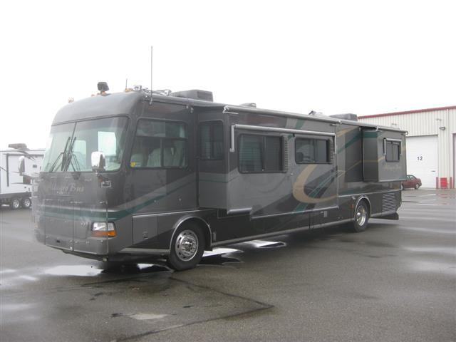 Buy a Used Tiffin Allegro Bus in Robertsdale, AL.
