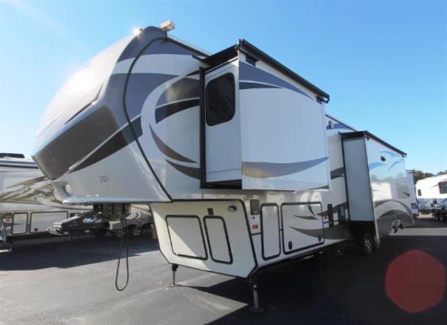 New 2015 Keystone Montana 3611RL Fifth Wheel For Sale