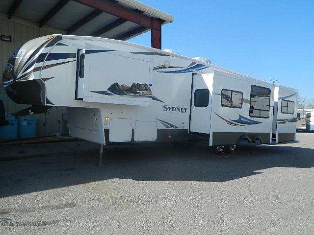 Used 2012 Keystone Sydney 340FBH Fifth Wheel For Sale