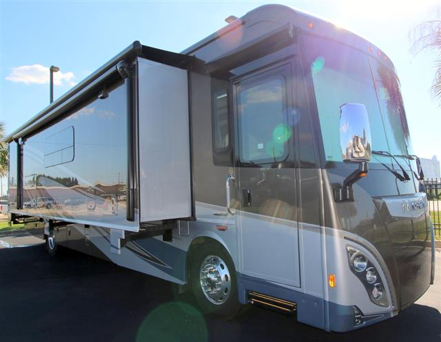 New 2016 Itasca Meridian 40R Class A - Diesel For Sale
