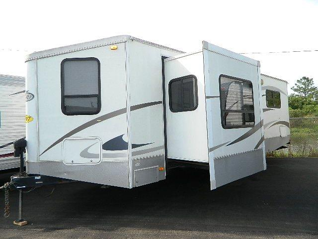 Used 2007 Keystone VR1 279 Travel Trailer For Sale