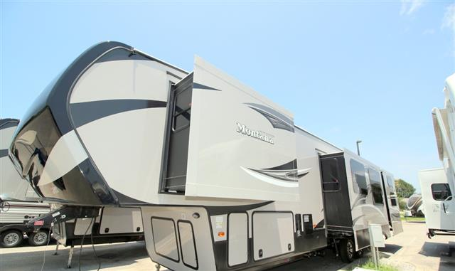 New 2016 Keystone Montana 356BH Fifth Wheel For Sale