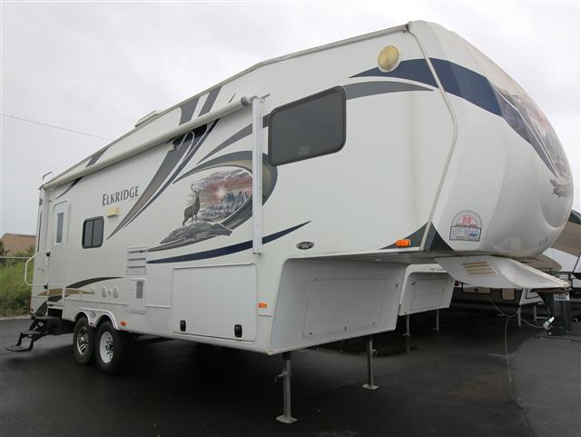 Used 2011 Heartland ELK RIDGE 27RLSS Fifth Wheel For Sale