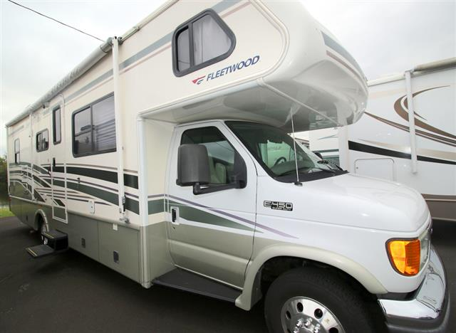 Used 2005 Fleetwood Jamboree GT Class C For Sale