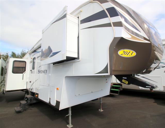 Used 2013 Keystone Outback 284RE Fifth Wheel For Sale