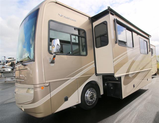 Used 2008 Fleetwood Excursion 40X Class A - Diesel For Sale