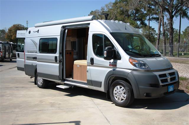 new used class b rvs and motorhomes for sale. Black Bedroom Furniture Sets. Home Design Ideas