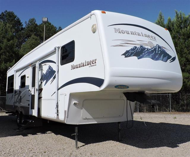 Used 2005 Keystone Mountaineer 348RLS Fifth Wheel For Sale