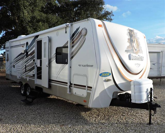 Used 2009 Fleetwood Prowler M-250RBS Travel Trailer For Sale
