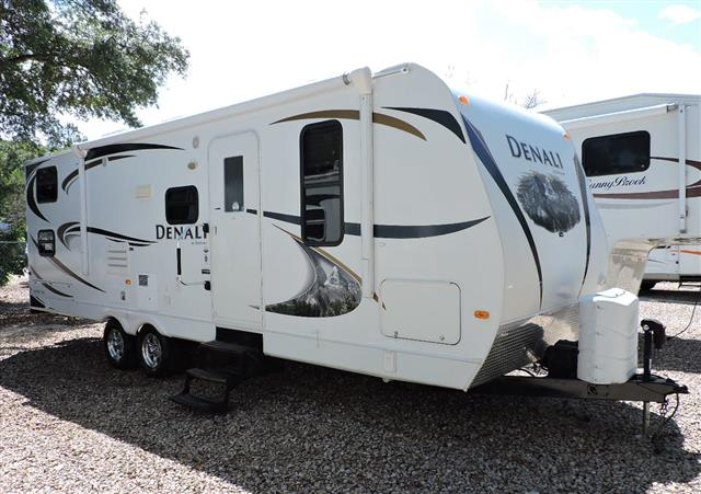 Used 2011 Dutchmen Denali 261BH Travel Trailer For Sale