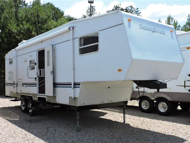 Used 2002 Sunnybrook Lite Series 2850-SL Fifth Wheel For Sale