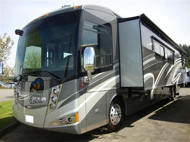 Buy a Used Winnebago Tour in Burlington, WA.