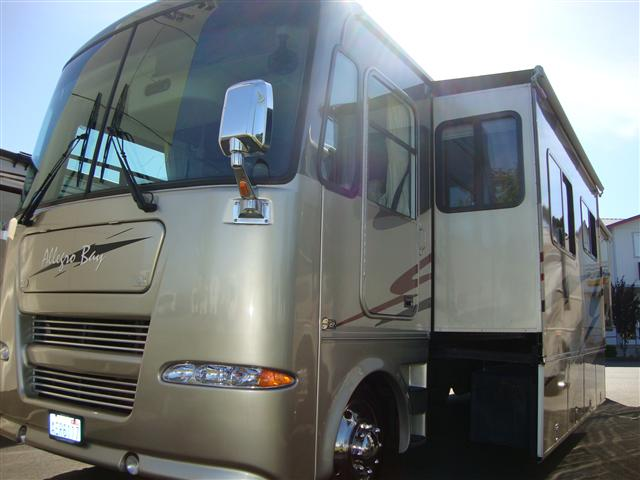 Buy a Used Tiffin Allegro Bay in Burlington, WA.