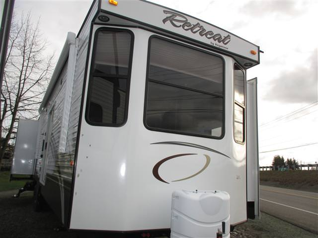 New 2015 Keystone RETREAT 39BHQS Travel Trailer For Sale