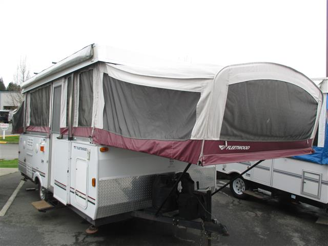Used 2007 Fleetwood Niagra 14TNT Travel Trailer For Sale