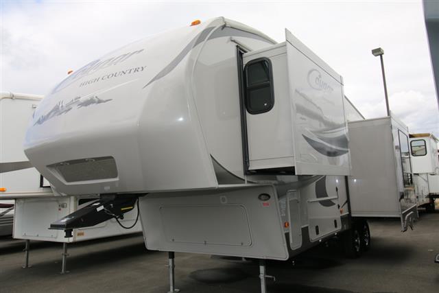 Used 2012 Keystone Cougar 246RLSHC Fifth Wheel For Sale