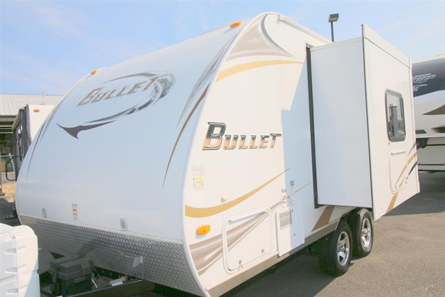 Used 2010 Keystone Bullet 180RBS Travel Trailer For Sale