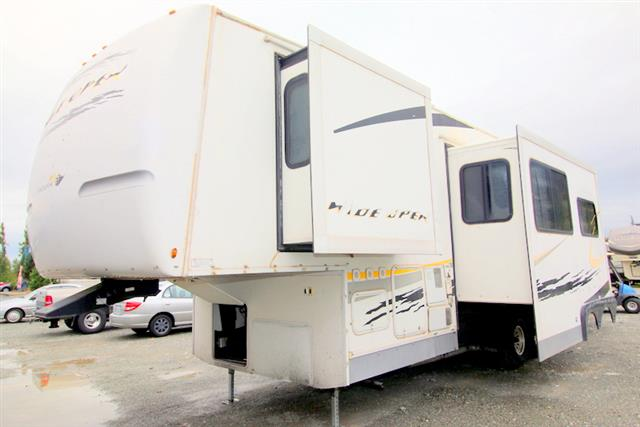 Used 2007 Gulfstream Endura Max WIDE OPEN 38 Fifth Wheel Toyhauler For Sale