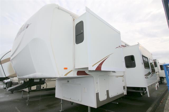 Used 2007 Heartland Cyclone 3795 Fifth Wheel For Sale