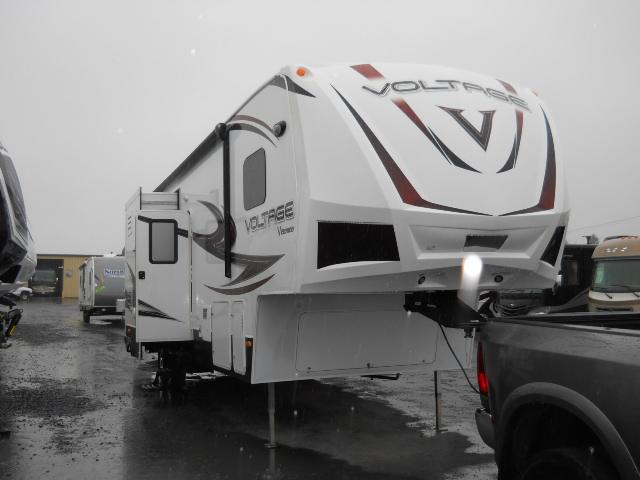 2014 Fifth Wheel Toy Hauler Dutchmen VOLTAGE V-SERIES