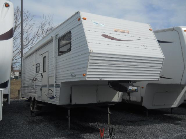 Buy a Used Jayco Eagle in Harrisburg, PA.