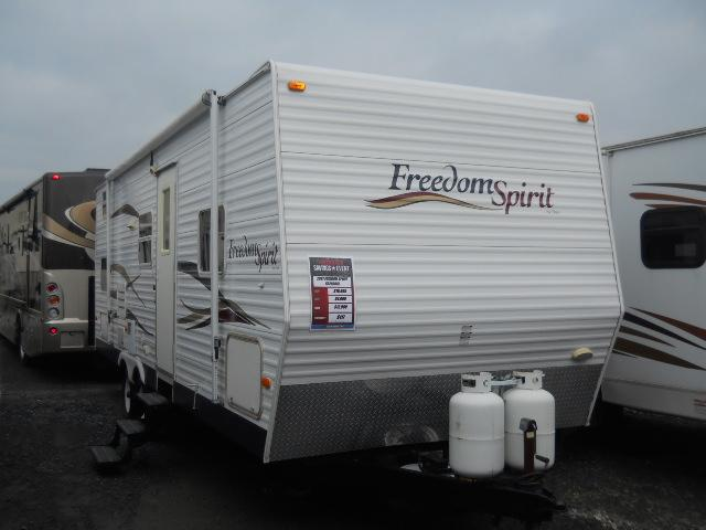 Buy a Used Dutchmen Freedom Spirit in Harrisburg, PA.